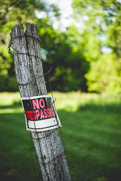 Free Stock Photos for Blogs - No Trespassing Sign