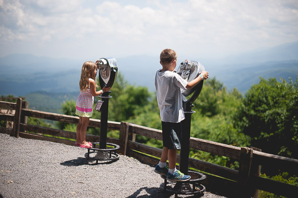 Free Stock Photos for Blogs - Mountain Scenic Overlook with Kids 1