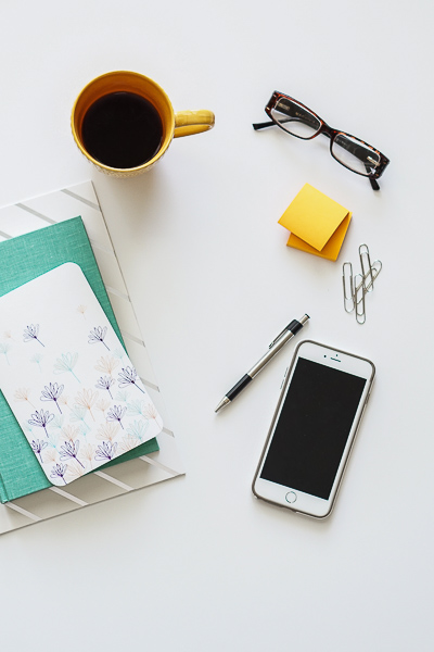 Free Stock Photos for Blogs - Teal and Yellow Office Desk 21