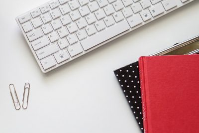 Free Styled Stock Photos for Blogs - Black Red Office Desk 2