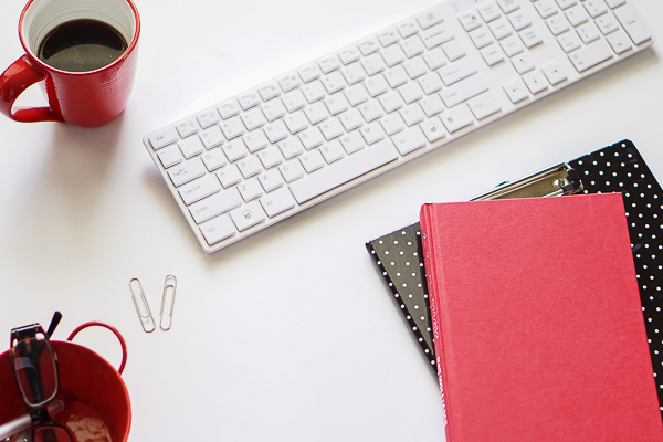 Free Styled Stock Photos for Blogs - Black Red Office Desk 3
