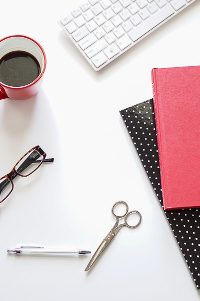 Free Styled Stock Photos for Blogs - Black Red Office Desk 6