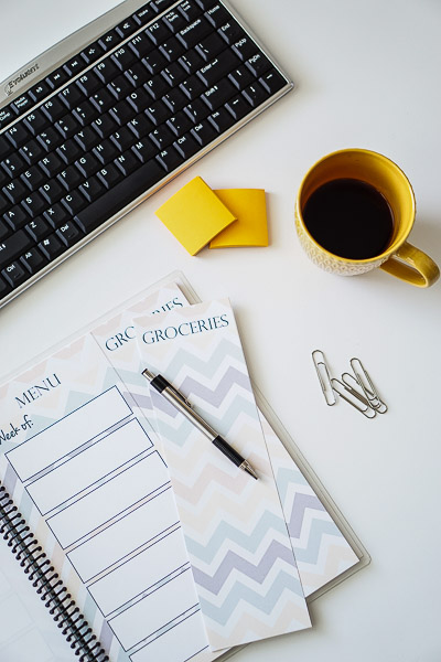 Free Stock Photos for Blogs - Meal Planner Office Desk 11