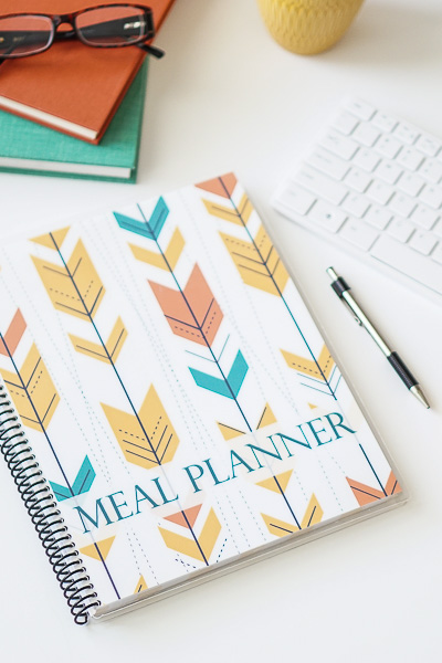 Free Stock Photos for Blogs - Meal Planner Office Desk 37