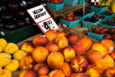 Free Stock Photos for Blogs - Farmer's Market Peaches