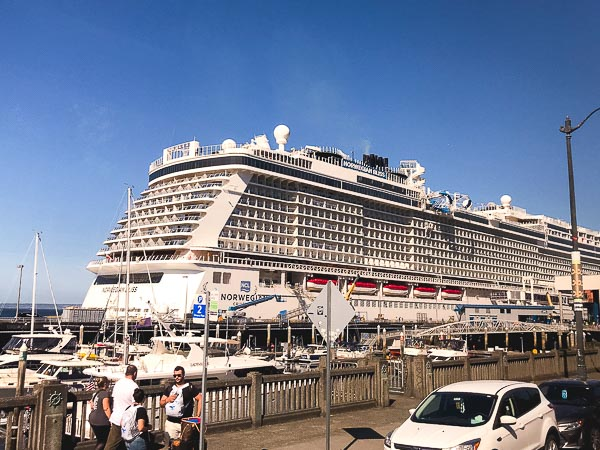 Free Stock Photos for Blogs - Cruise Ship at Port